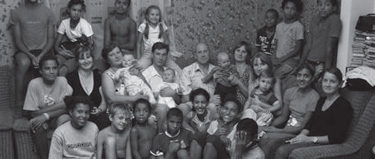 RETRATO DE FAMILIA EN BLANCO Y NEGROFAMILY PORTRAIT IN BLACK AND WHITEFAMILY PORTRAIT IN BLACK AND WHITE